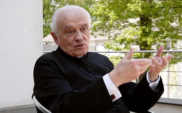 Opus Dei - Josef Arquer ist am Barmherzigkeitssonntag in Berlin gestorben