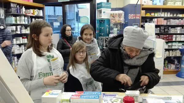 Opus Dei - Genitori e figlie per il banco farmaceutico