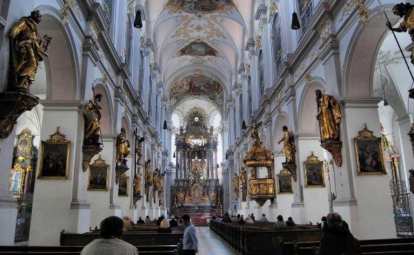 Opus Dei - La beauté des saints et la mortification chrétienne