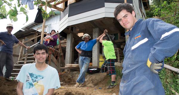 """""""Fuimos a dar un poco de lo que la gente joven tiene en abundancia: alegría y ganas de trabajar"""""""