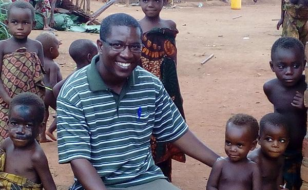 Opus Dei - I Kongos jungel med pygmeene