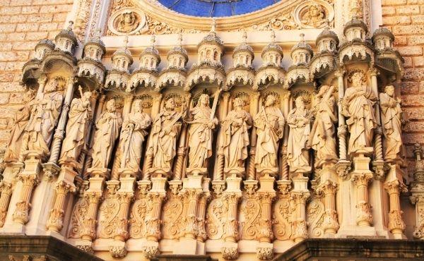 Opus Dei - Commento al Vangelo: Gesù agisce con potere divino per mezzo dei suoi discepoli