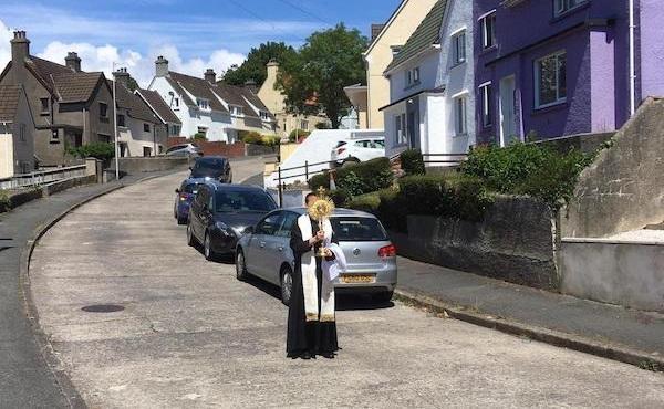 Opus Dei - 基督圣体「回家」