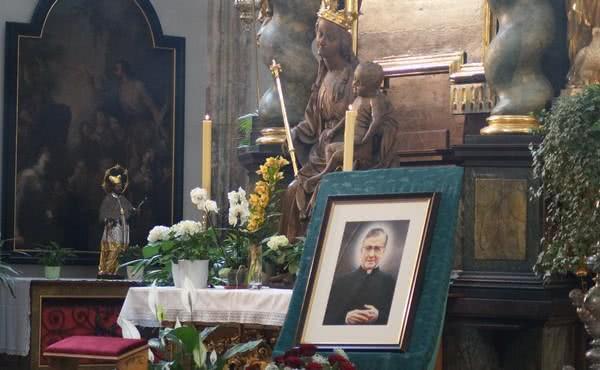 Slávnostná sv. omša k úcte sv. Josemaríu Escrivá