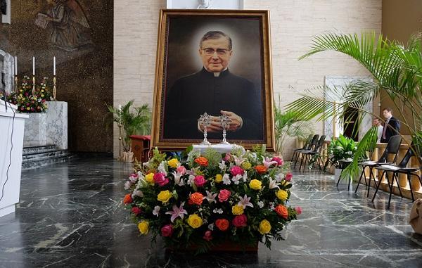Misas en honor de San Josemaría en San Juan y Ponce