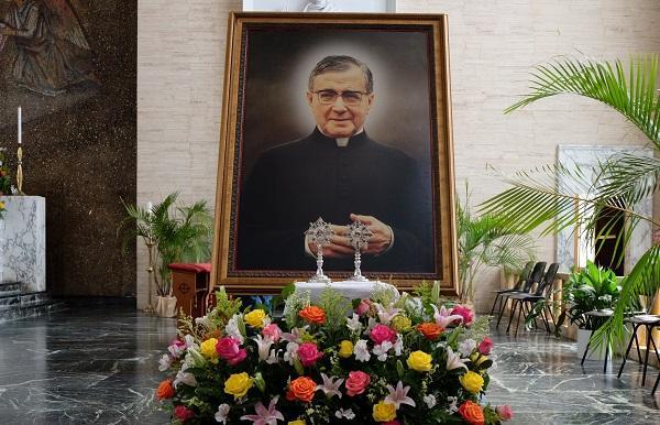 Opus Dei - En vivo -27 de junio- Misa de San Josemaría en San Juan