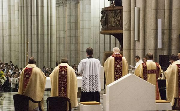 Opus Dei - Missas em honra de São Josemaria em 2015