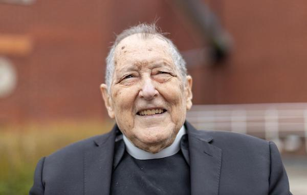 Opus Dei - A priest with a sporting spirit: Fr Dick Stork (1930-2021)