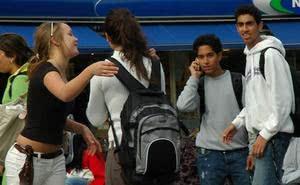 Éduquer à la pudeur (2) : l'enfance et l'adolescence