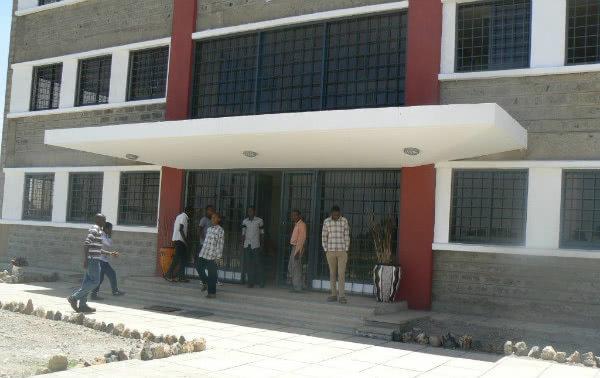Opus Dei - Una oportunidad laboral para 800 jóvenes de un suburbio de Nairobi