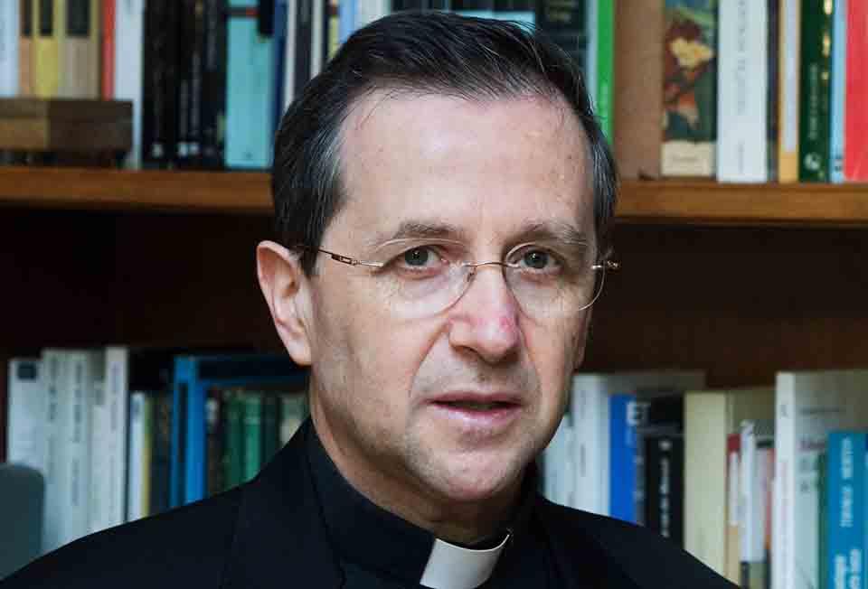 Opus Dei - Vikar auksilier dalam hukum Gereja bagi Prelatur Opus Dei