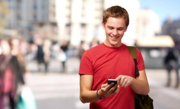 Opus Dei - Erfahrungen eines Lehrers: Smartphones für Schüler - pro und kontra