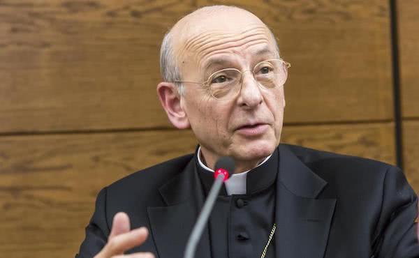 """Mgr Fernando Ocáriz : """"Être saint pour être heureux""""."""
