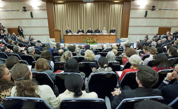 Terza giornata del Congresso su don Álvaro