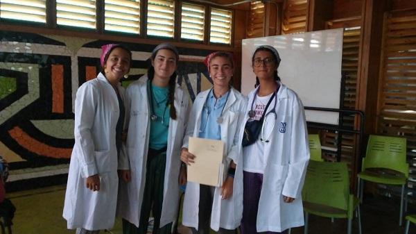 Opus Dei - Voluntarias españolas llegaron a Costa Rica para dar alegría y enseñanzas a los menos favorecidos