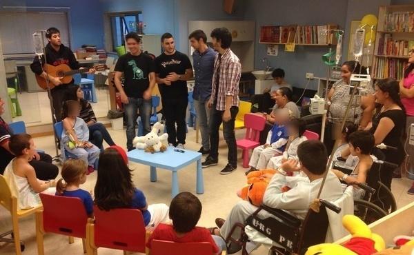 Opus Dei - Historias de presidiarios futbolistas y de una planta de Pediatría