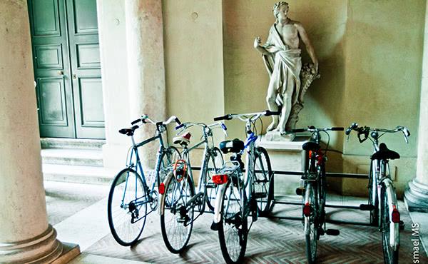 Opus Dei - La humilitat, font d'alegria