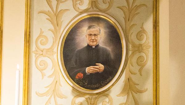 L'immagine di san Josemaría nella Basilica dell'Incoronata del Buon Consiglio a Napoli