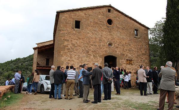El prelat de l'Opus Dei beneeix la reconstrucció de l'antiga rectoria de Pallerols de Rialb