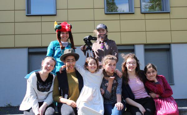 Opus Dei - Filmprojekt mit Flüchtlingskindern im Jugendclub Muengersdorf