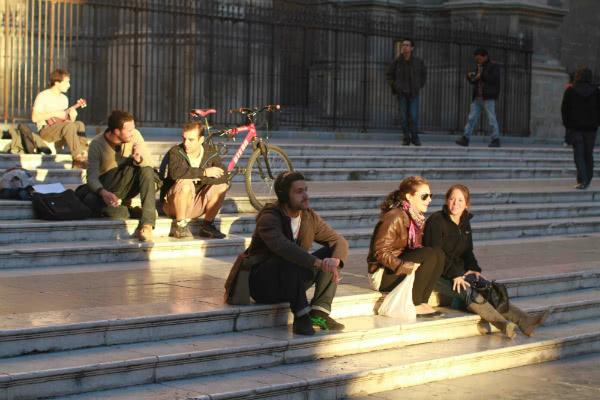Opus Dei - Carros de acción social antes de la beatificación