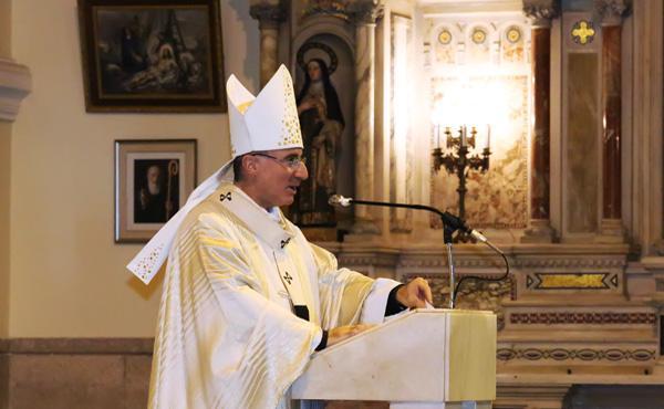 El Card. Sturla presidió la misa en la festividad de san Josemaría