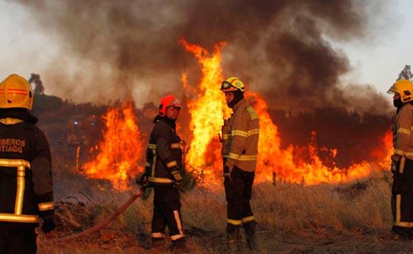 Papa Francisco expresa su cercanía espiritual a damnificados por incendios en Chile