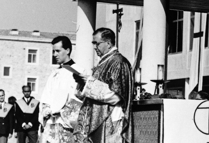 Opus Dei - Masses in Britain on the occasion of the feast of St Josemaría Escrivá - June 2017