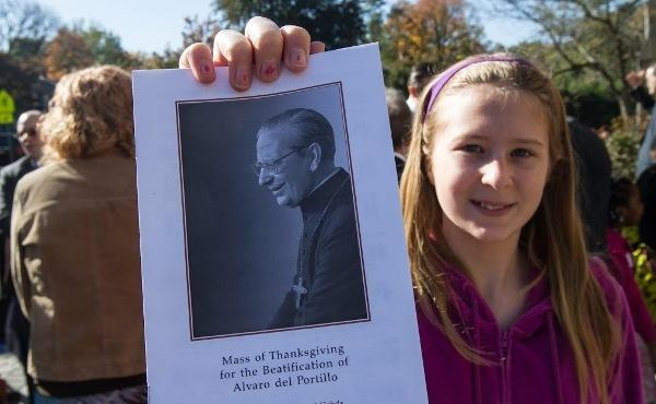 Thanksgiving Masses for Alvaro del Portillo's Beatification