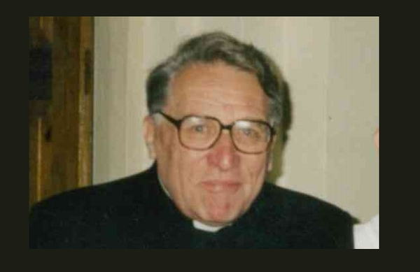Śp. ks. Jan Dębicki