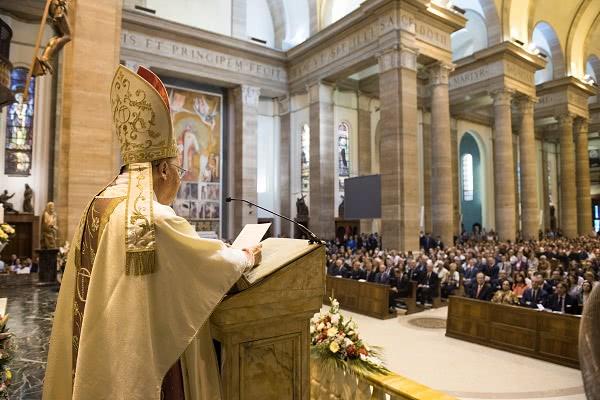 Opus Dei - A paixão de São Josemaria pelo bem da família