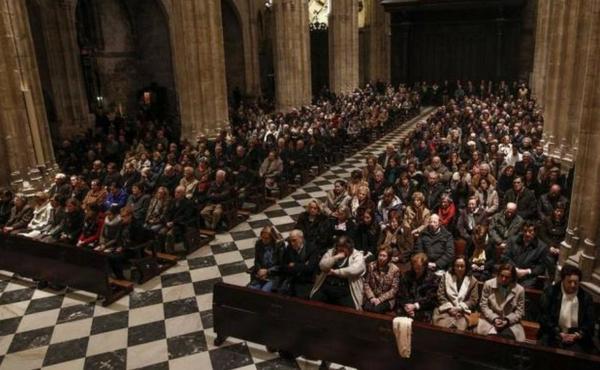 """Mons. Jesús Sanz, arzobispo de Oviedo """"Nuestra amistad se convirtió en recíproca ayuda en tiempos no siempre fáciles"""""""