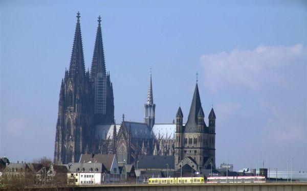 Opus Dei - Der neuernannte Prälat des Opus Dei hat einen engen Bezug zu Deutschland