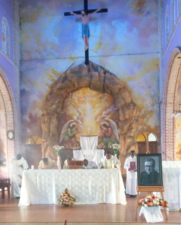 Opus Dei - First Mass of St. Josemaria Escriva in Kisubi Parish (Uganda)