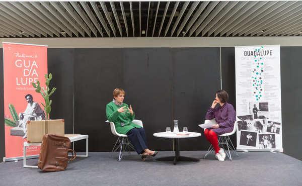 Una química que amplió el espacio público femenino