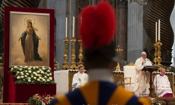 Opus Dei - Moeders, tegengif voor individualisme en egoïsme