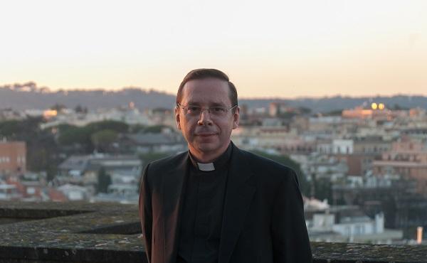 """Opus Dei - Mariano Fazio: """"Estamos para apoyar al Papa"""""""