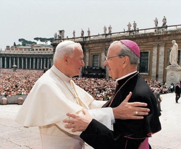 Opus Dei - Álvaro del Portillo, discreto amigo de cinco Papas