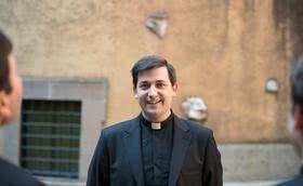 """""""Necesitamos muchos nuevos sacerdotes para poder llegar a quienes quieren tener un encuentro personal con Dios"""""""