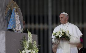 """Los santos """"piropean"""" a la Virgen de Luján"""