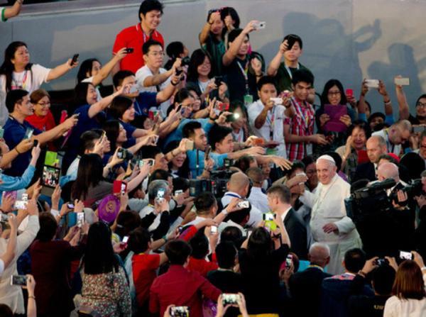 Rencontre du Pape avec les familles à Manille