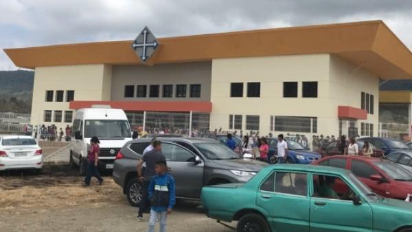 Opus Dei - Iglesia dedicada al Beato Álvaro del Portillo en un barrio popular de Guayaquil