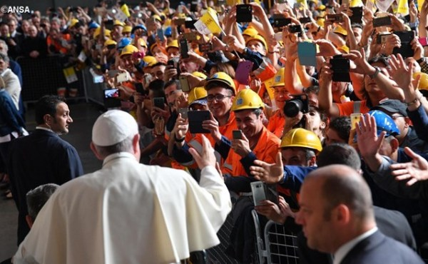 Opus Dei - 教宗会晤热那亚劳工界人士:工作是人的优先事务