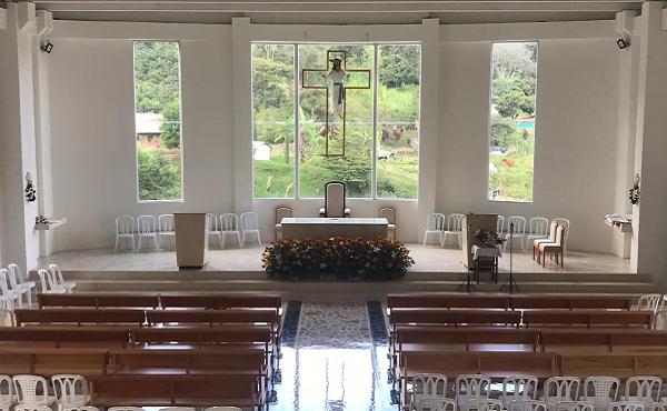 Opus Dei - Dedicación de la parroquia de San Josemaría en Medellín