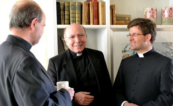 司铎与主业团的讯息