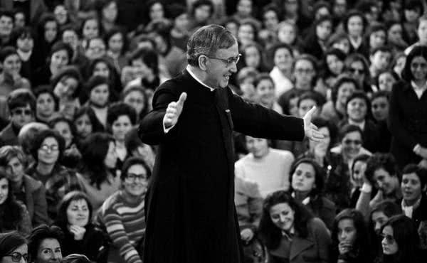 Opus Dei - A los pies de la Virgen: en Pompeya, la Almudena, Sonsoles, Fátima ... 1968-1970