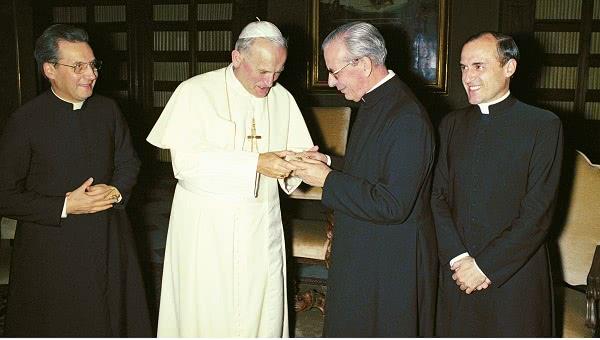 Opus Dei - 教会への愛、教会における責任