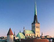 Estonie : une ordination épiscopale à Tallin d'un prêtre français.