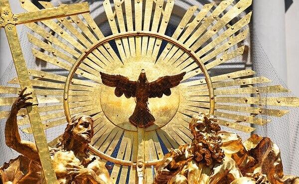 Opus Dei - Den heliga Treenigheten