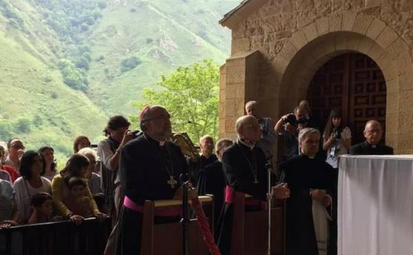 Opus Dei - Unos 2.000 fieles con el Opus Dei en Covadonga